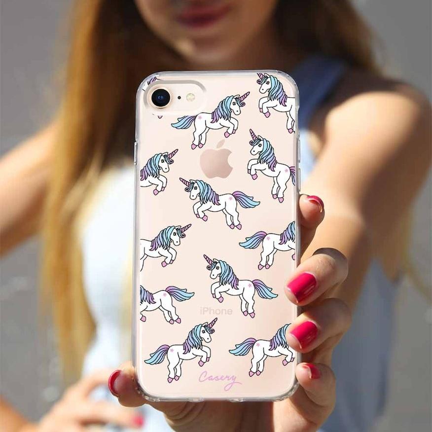 8_UnicornPattern_0255_Model_pretty_designer_iphone_case_1024x1024.jpg