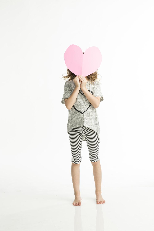 RUMOR-HEART_MARBLE_FLO_BLK (10).jpg