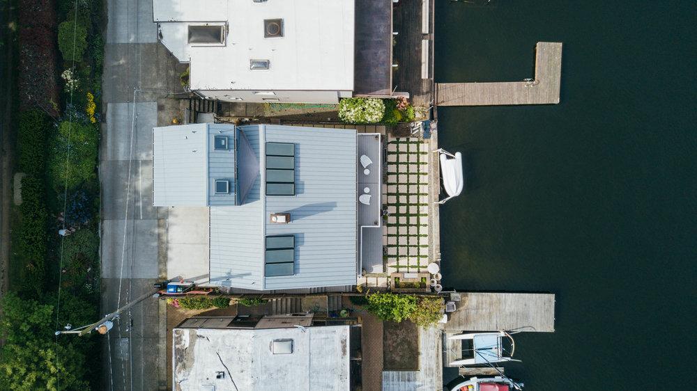 wc-studio-lake-washington-home-extension-metal-roof-seattle.jpg