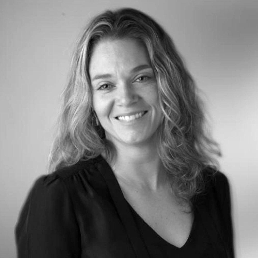 Erika Larsen (USA)