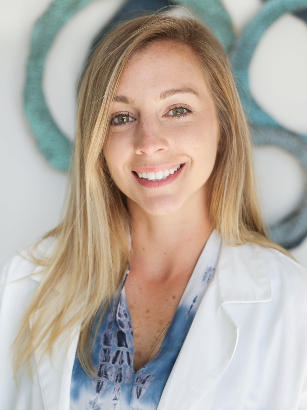 Allea Francis, PT, DPT   Allea found her passion for women's health and pelvic floor therapy on a clinical rotation in Kansas City, Missouri. Afterwards, she began to further her experience and knowledge by developing a protocol for female stroke victims with urinary incontinence.