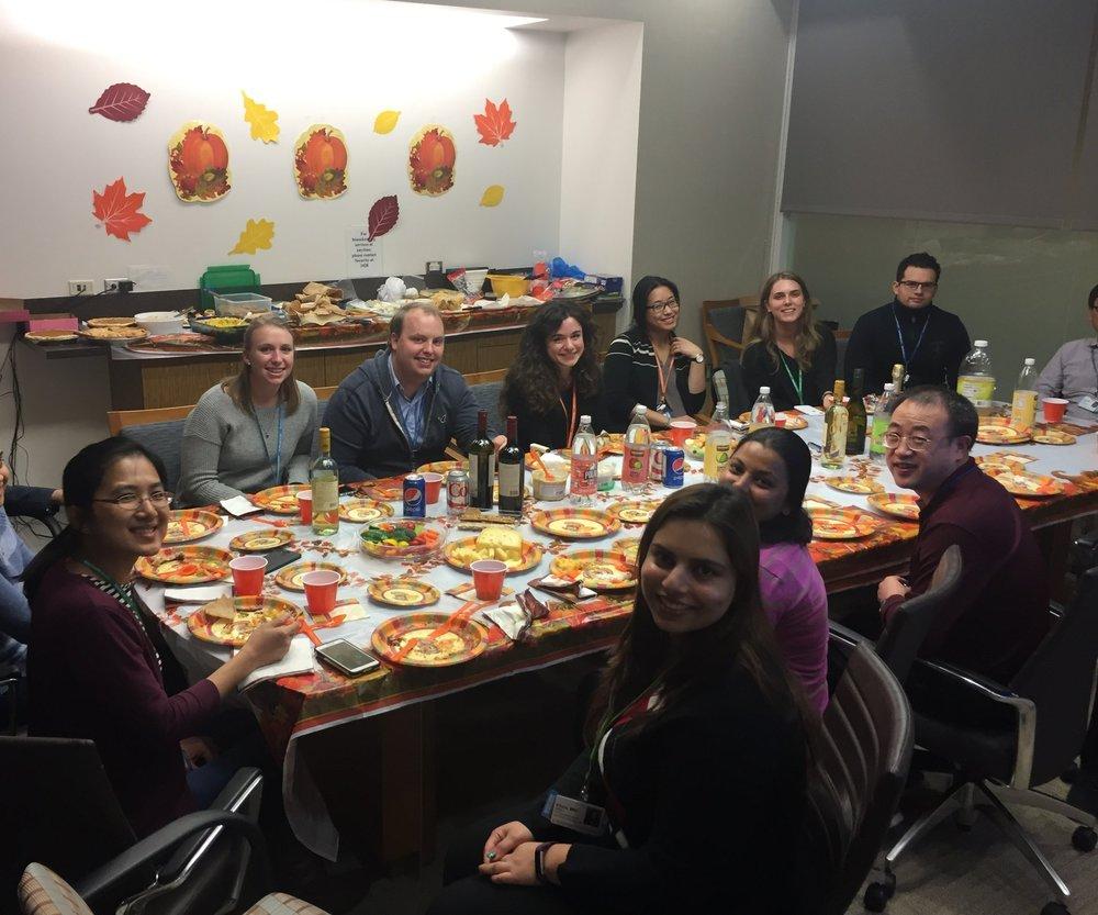 2016 'Labsgiving'- Potluck celebration for Thanksgiving