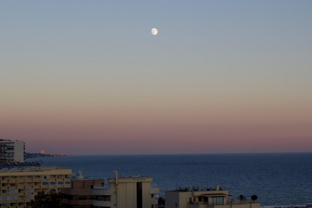 La Luna in Casa Del Sol, Photo by Maria Allred
