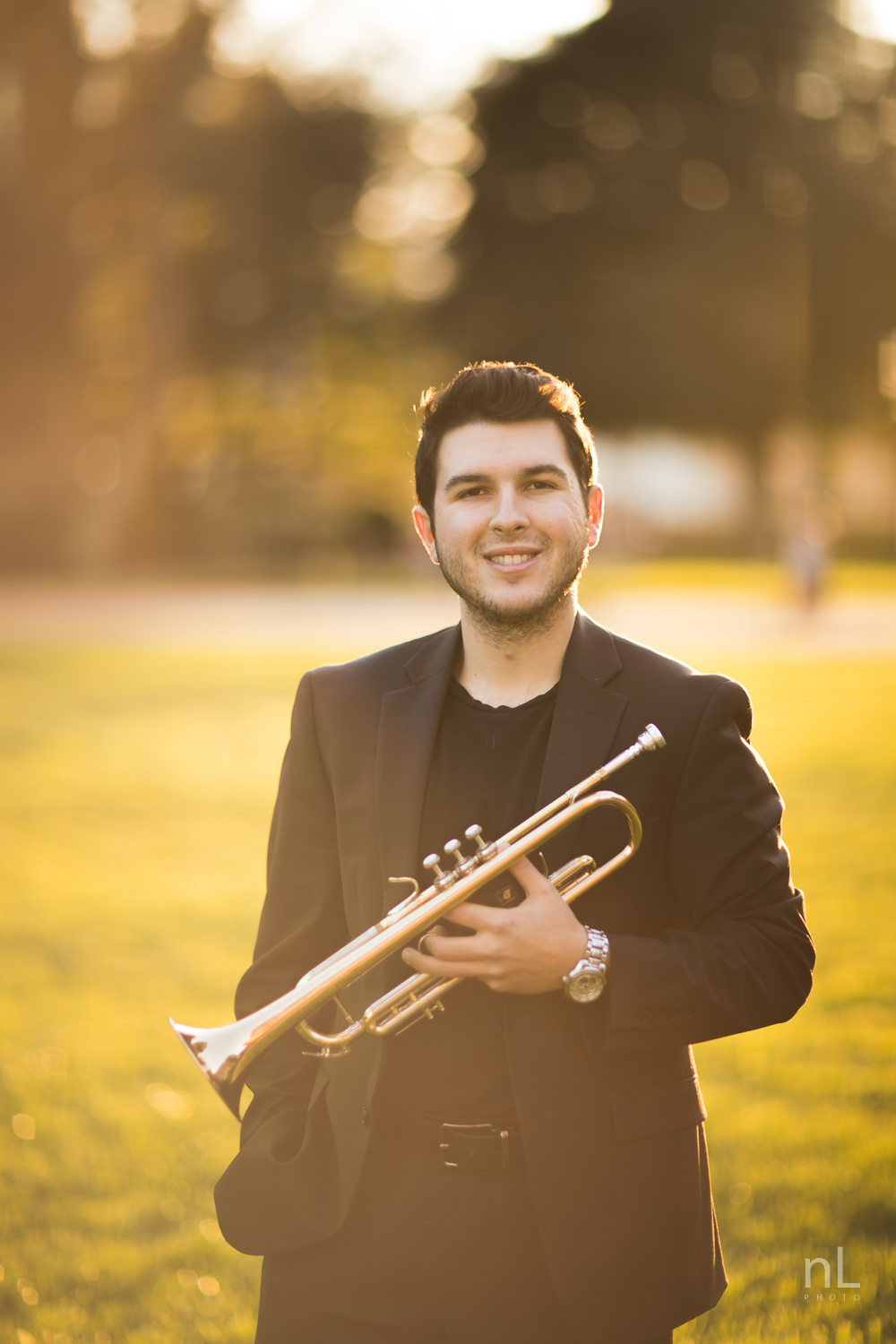 los-angeles-musician-portraits-trumpet-player-at-beautiful-sunset-light