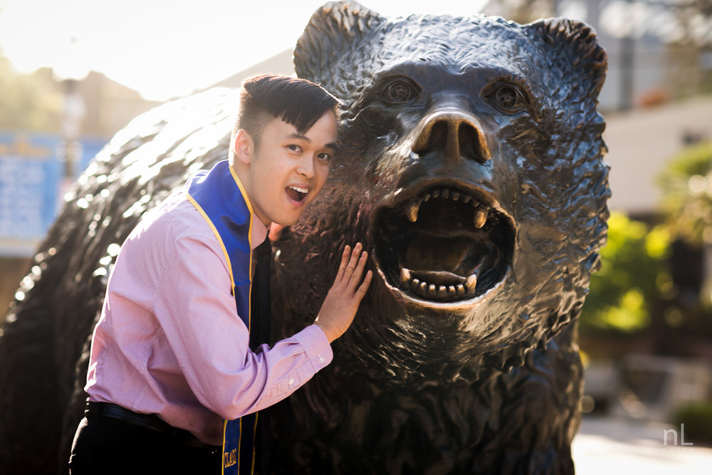 los-angeles-ucla-senior-graduation-portraits-bruin-bear-guy-smiling