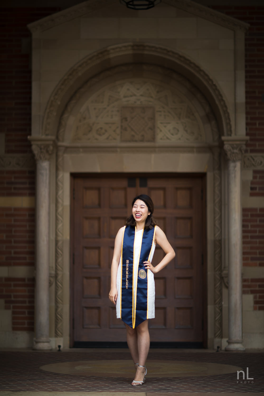 los-angeles-ucla-senior-graduation-portraits-0478.jpg