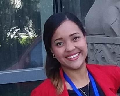 Rosmeling Frances - Rosmeling cuenta con 3 años de experiencia en gestión de procesos de admisión para educación superior. Estudió Comunicación Social y cuenta con una maestría en Alta Gerencia. Ha sido profesora sustituta para estudiantes de media y ha impartido personalizadas de uso de la herramienta Office. Actualmente es asesora de estudios de postgrado. Le apasiona la docencia.