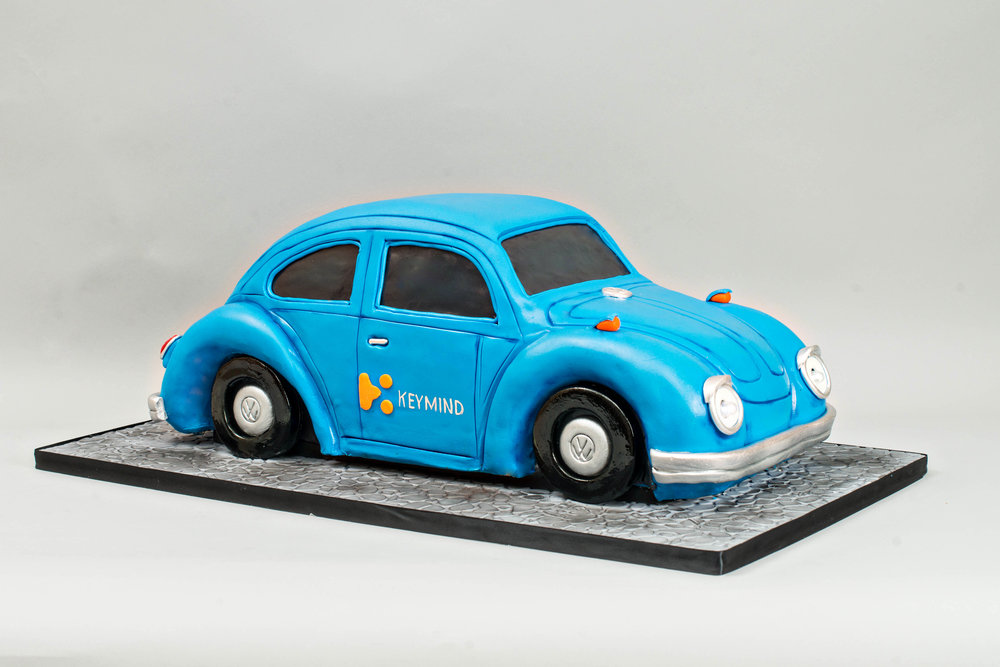 Volkswagon-Beetle-Car-Cake-Blue-Lace-Cakes.jpg