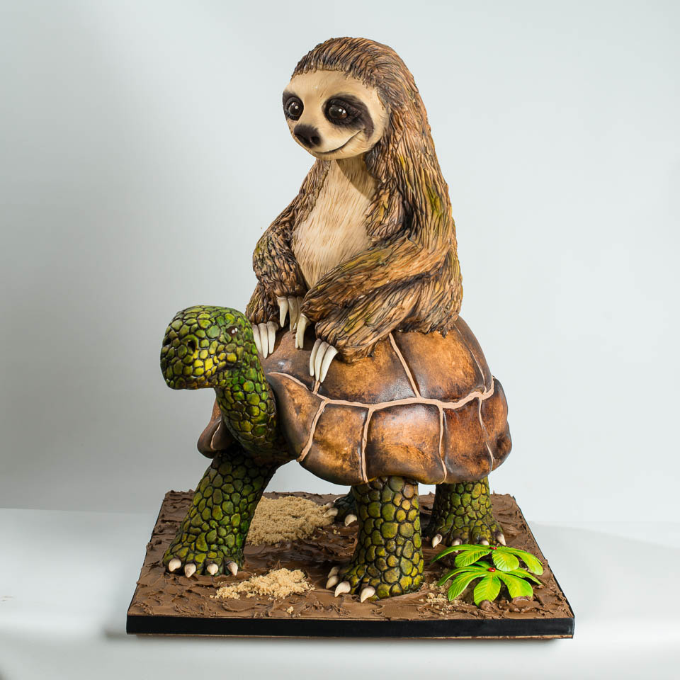sloth and turtle cake