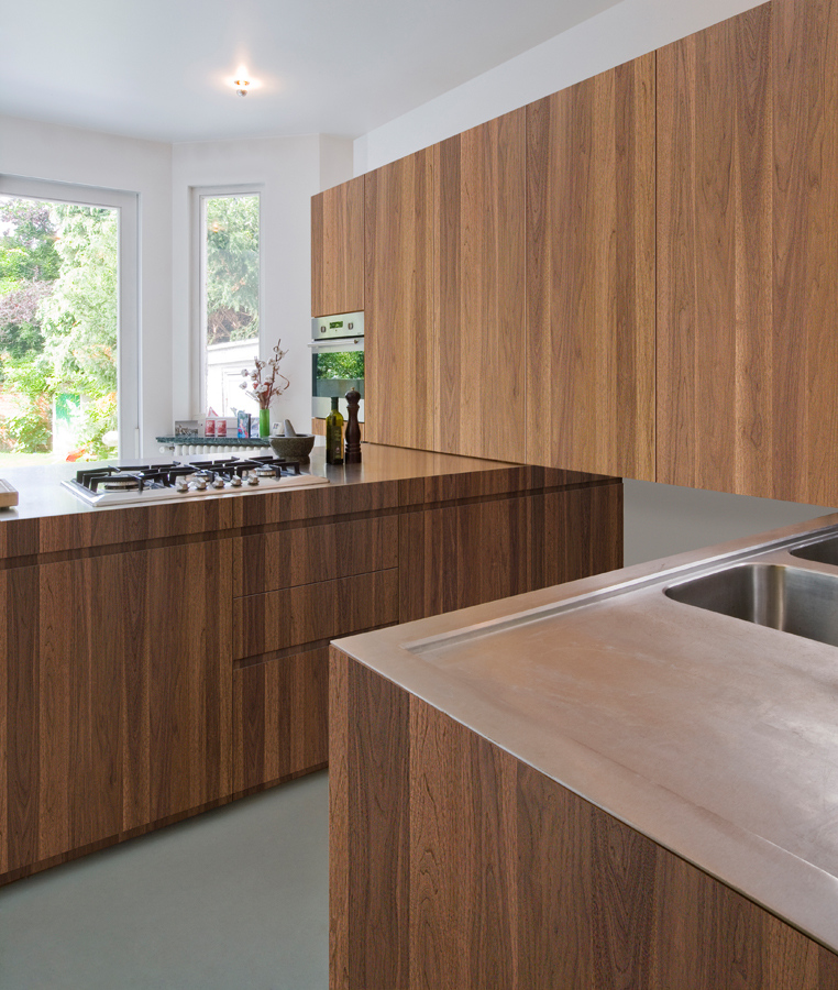 Wood Kitchen Peninsula