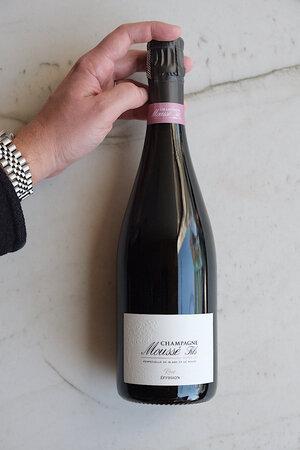 """Moussé """"Éffusion"""" Rosé Extra Brut Champagne NV"""