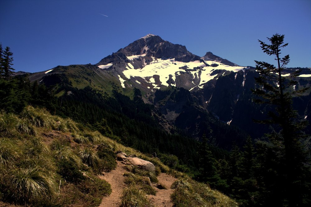 mount hood, mountaineering, hiking, wildflowers, alpine lakes, swimming, mountain biking, glaciers, skiing, snowshoeing, kayaking, stand up paddle boarding, 4x4 camper, 4 wheel drive camper rental, off road, overlanding, truck camper rental, camper van