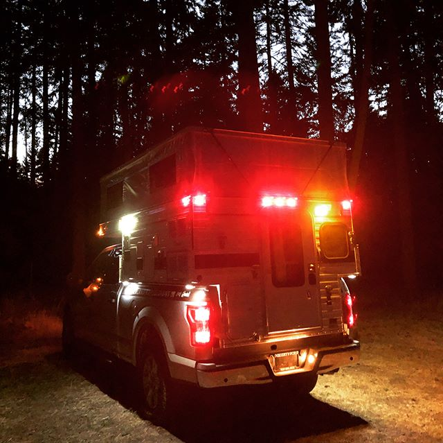 Meet 'Hank' the newest addition to our rental fleet! 4x4 + locking rear diff = solitude in the backcountry. Furnace for those chilly nights and a hot water shower for rinsing off your adventures. Still some availability this summer and lots in the fall (pro tip: best season in the PNW). Who wants to get lost in the woods? #wonderlandexpeditions #campvibes #truckcamper #fourwheelcampers #vanlife #neveridle #homeiswhereyouparkit