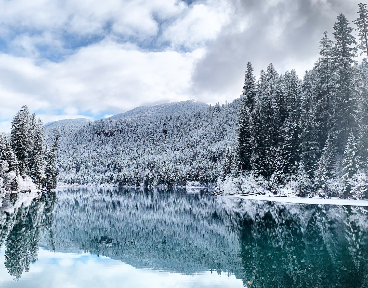 Featured Trip: Winter Camping near Crater Lake in Hank - a