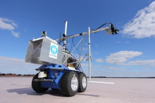 Robotic measurement of reflectance, Lake Lefroy, WA.  Image supplied by Tim Malthus, CSIRO.
