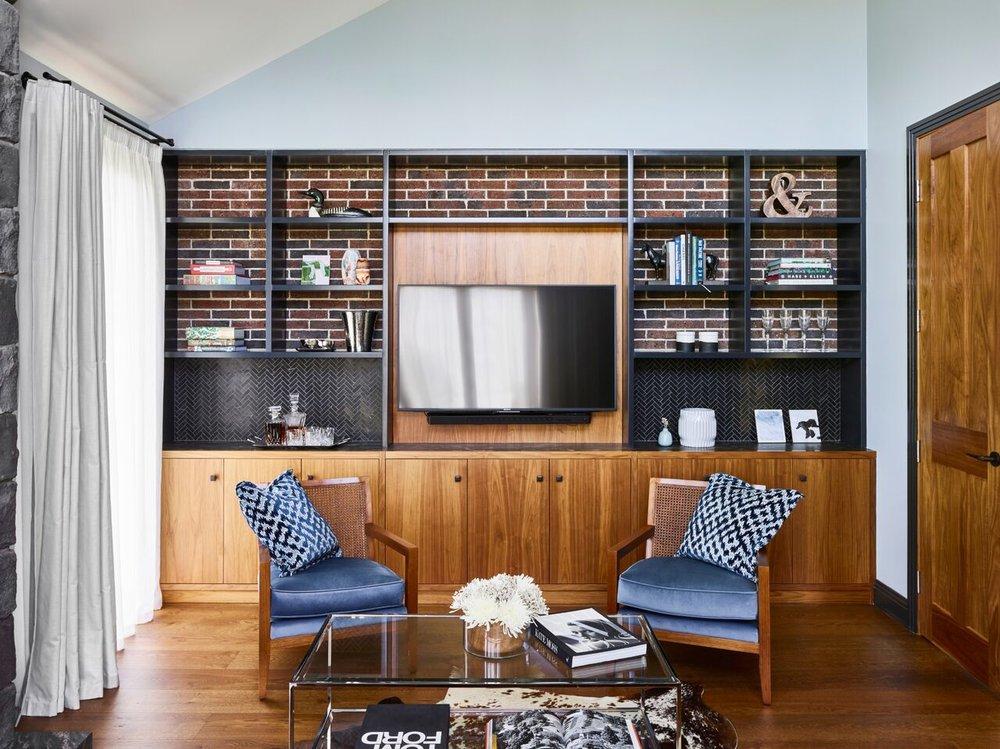 tv cabinet.jpeg