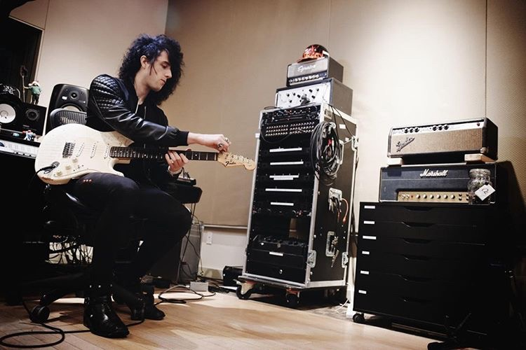 """Lonny Eagleton - """"Selah Sounds profiles make it easy to dial in any sound you're looking for within a matter of seconds. They have become my first choice for both touring and studio work.""""~ Session & Touring Guitarist (Andy Black, Shawn Hook, Vanessa Hudgens)"""