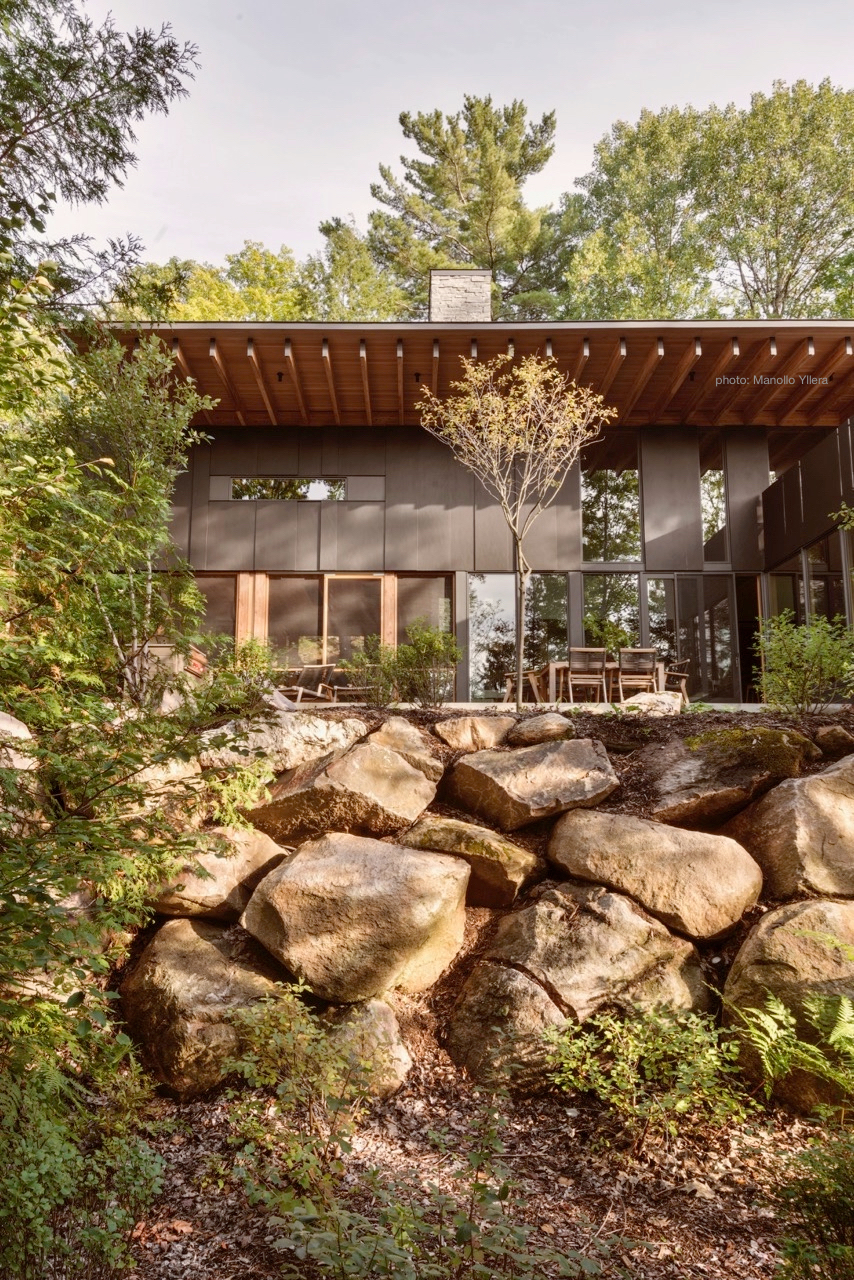 Rock Wall Gardens Grace This Lakeside Modernist Cabin in Ontario
