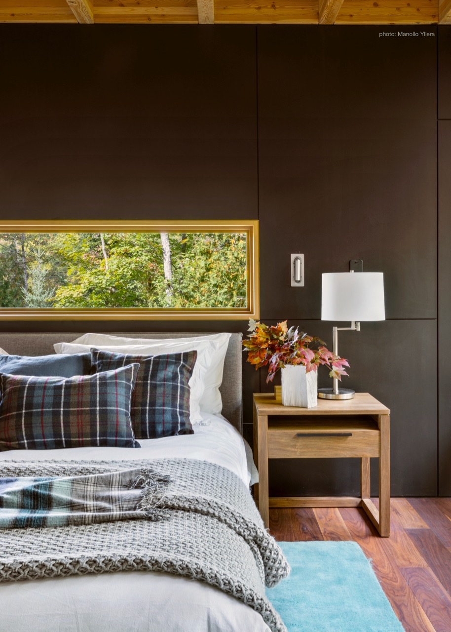 The Calm and Cool Hues of the Master Bedroom Suite at The Bear Stand