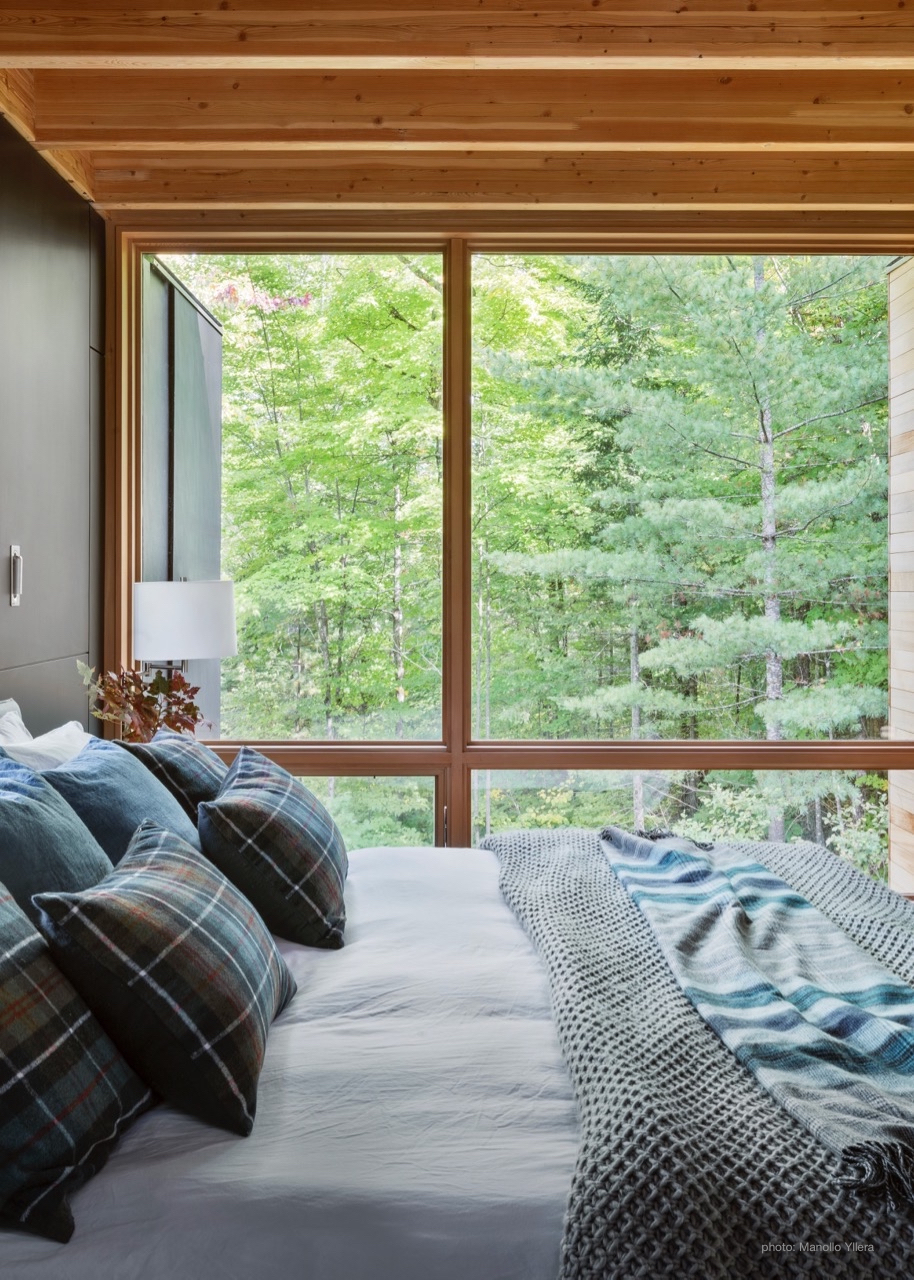 Secluded Master Bedroom Views at The Bear Stand