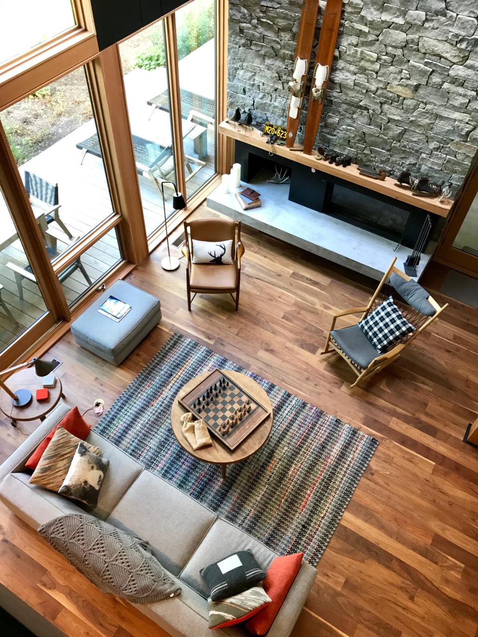 Lounge Overlook