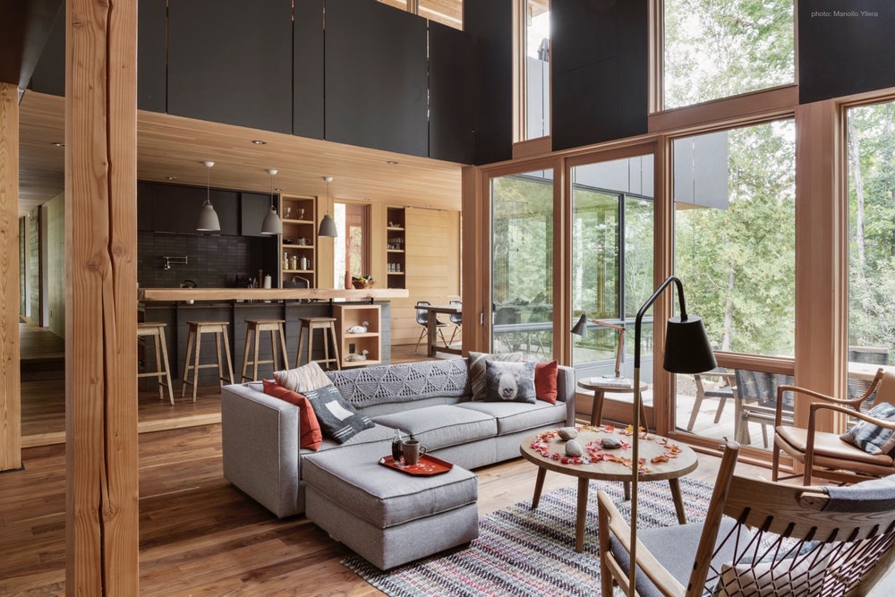 Modern Comforts in the Heart of Cottage Country
