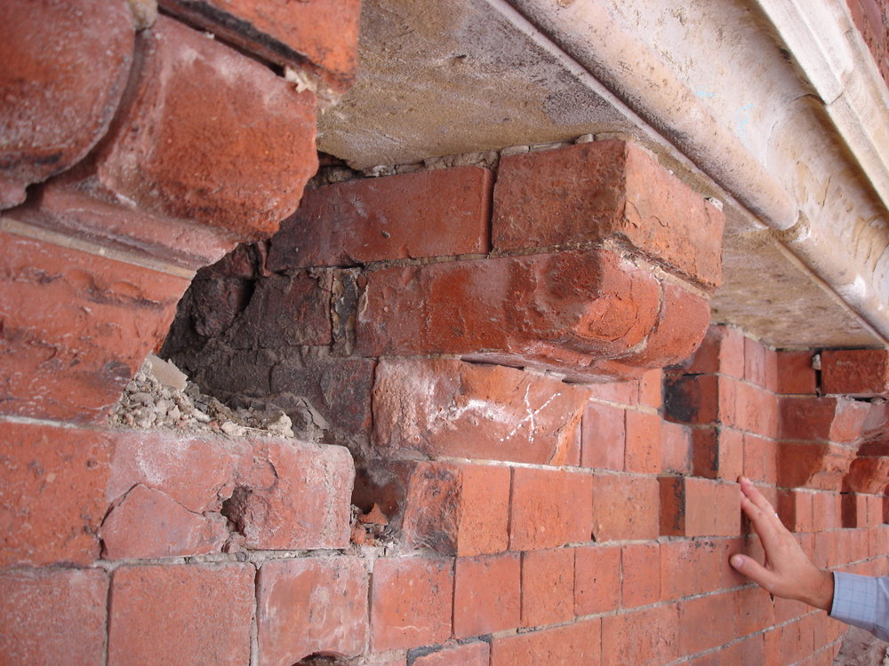 ESB - detail of brick corbel - E54.JPG