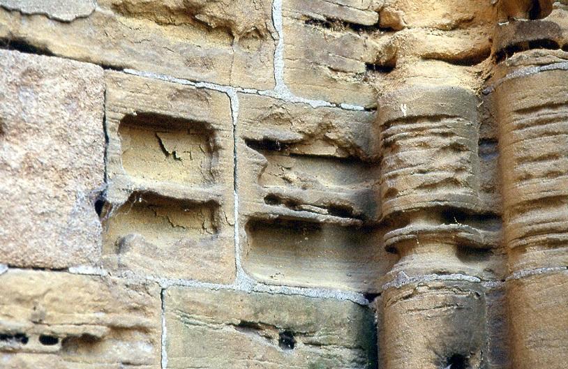 column decay-02.jpg