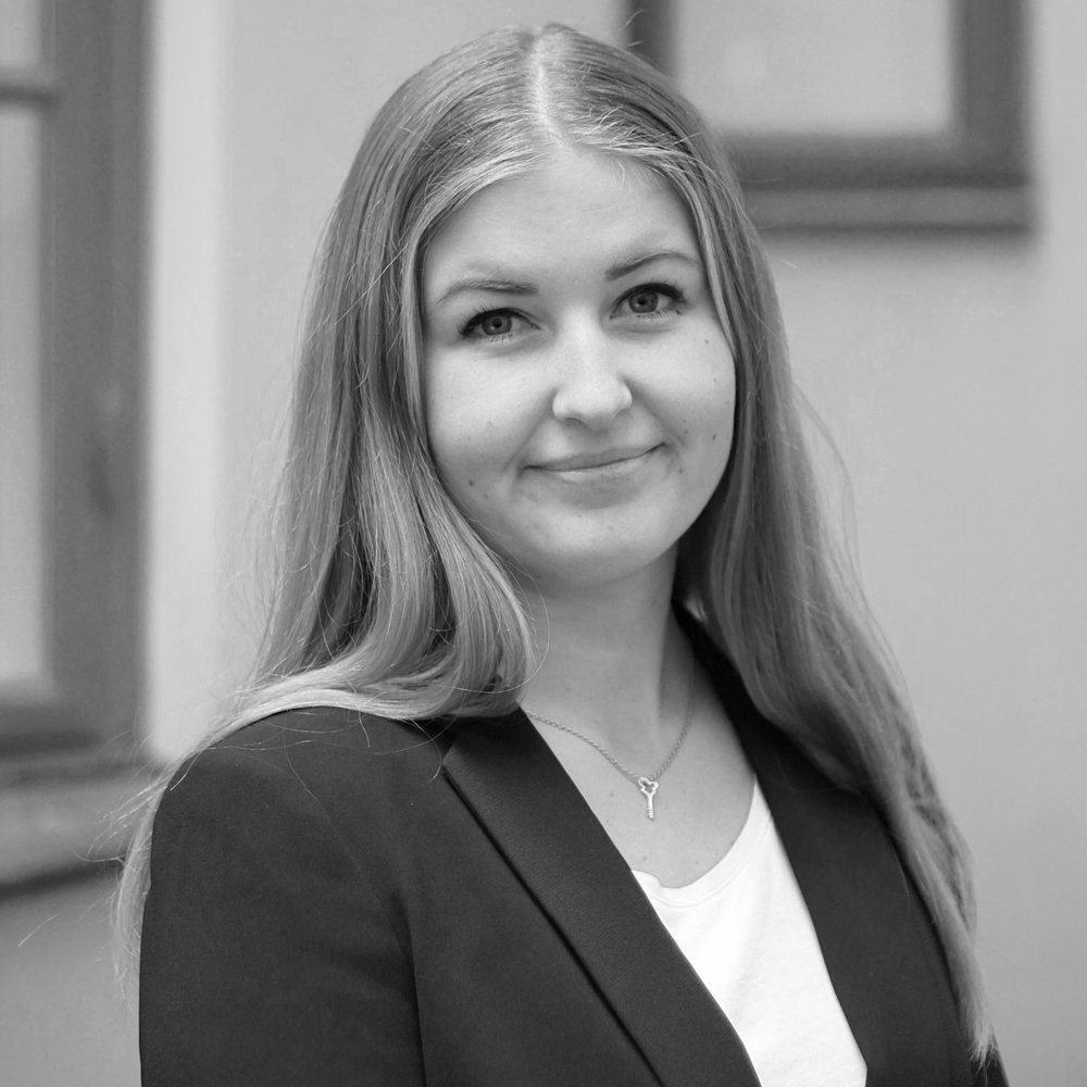 Agnes Erdmark  Digital Marketing Trainee   Recently graduated as M.Sc. Industrial Engineering and Management; Experience from student consultancy projects   agnes.erdmark[at]peregrine.se
