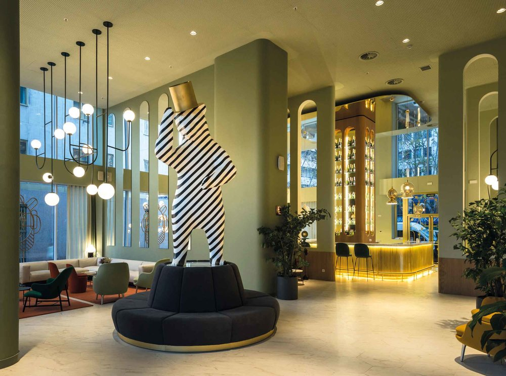 BarceloTorreMadrid-Lobby.jpg