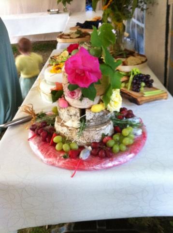 Cheese Cake table.jpg