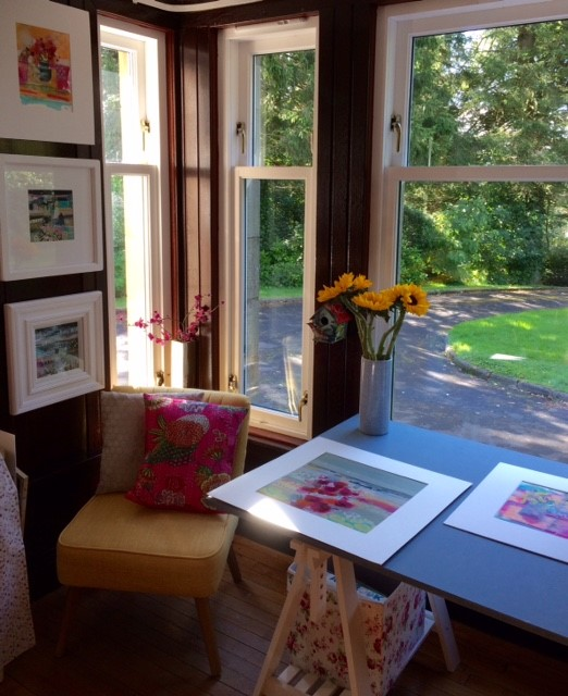 open studio weekend - Thank you to everyone that visited my studio over the weekend of 11th and 12th November. The sun was shining and it brought lots of lovely visitors to my studio.Lots of paintings, prints, framed cards and cards left with happy customers.If you wish to either visit my studio or be added to the mailing list for future events please get in touch.