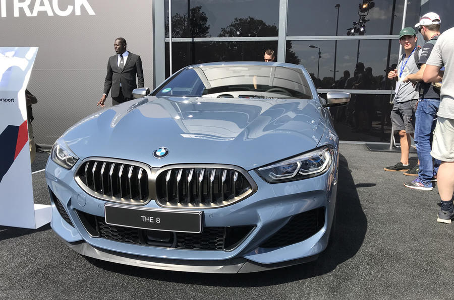 bmw_8series_launch_regalmotion_16.jpg