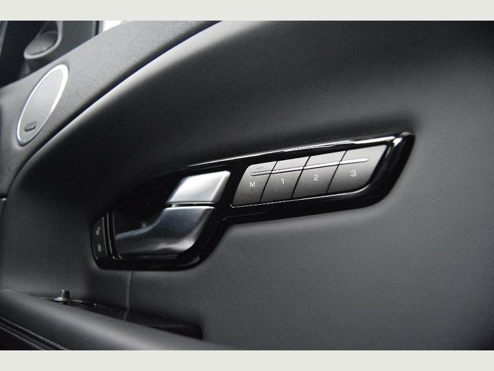 preowned-LANDROVER-EVOQUE-dynamic-Lux-forsale-regalmotion-SQ7856611-8.jpeg