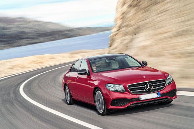 top-10-executive-cars-2018-regalmotion-mercedes-eclass.jpg