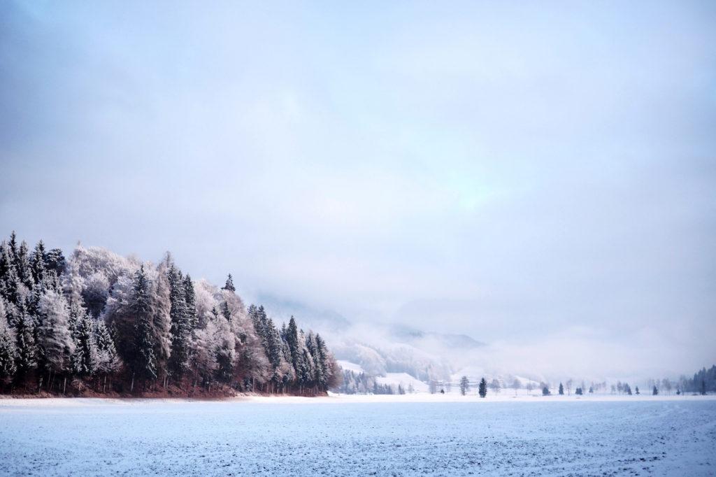 reintaler-see-tyrol-austria-winter13