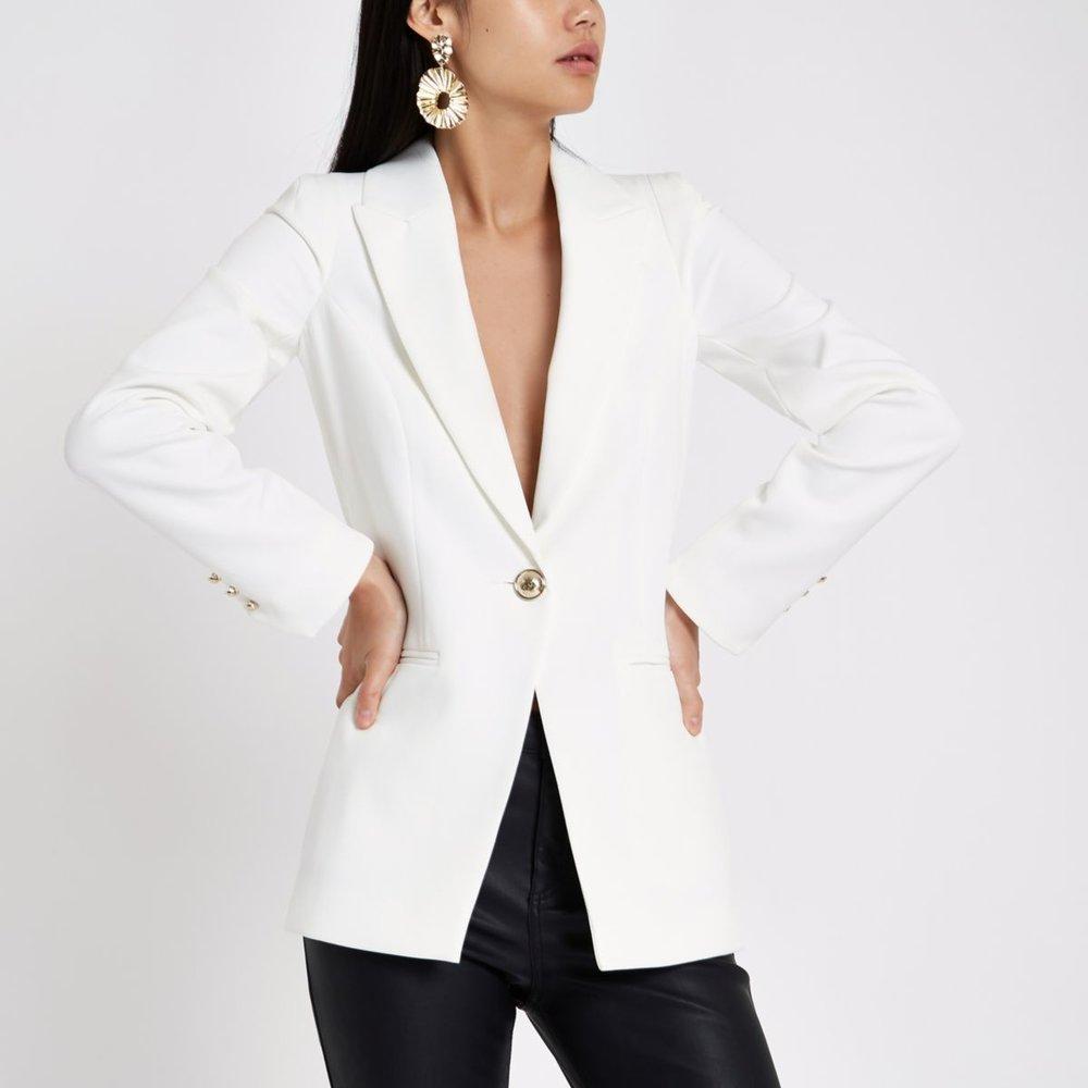 RI white blazer.jpg