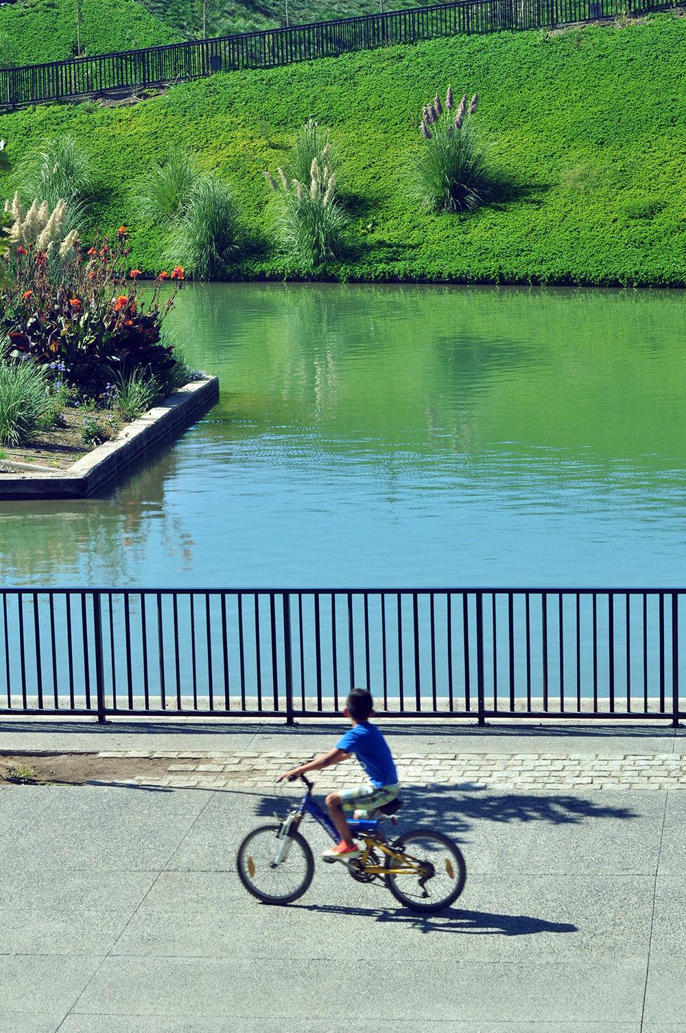 bicicleta.c.boza.w.JPG