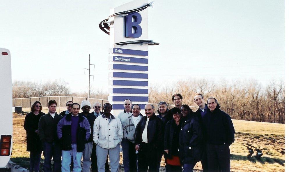 2004-03-01 SK Team at KCI 2.jpg