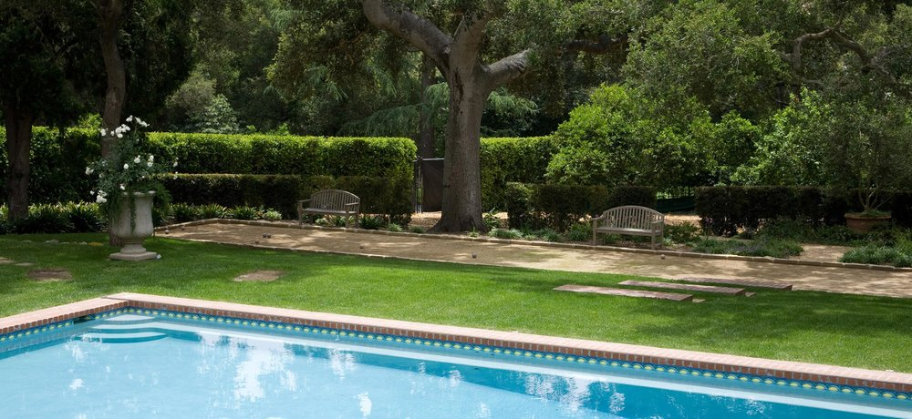 Montecito-08-pool-bocc-ball-court.jpg