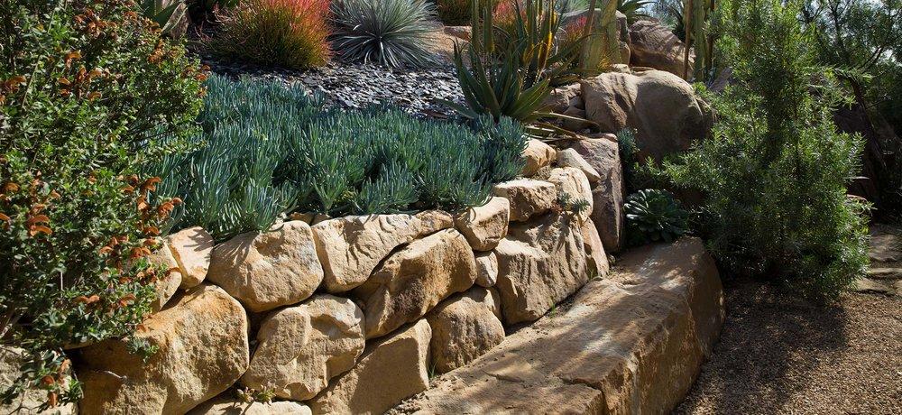 flagstone-boulder-bench.jpg