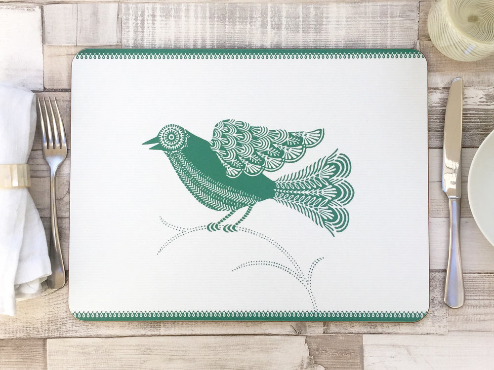 38x29cm large Doves green table mat
