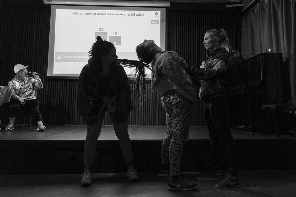 oslo-maja-brenna-fotograf-dans-kulturhuset-3.jpg