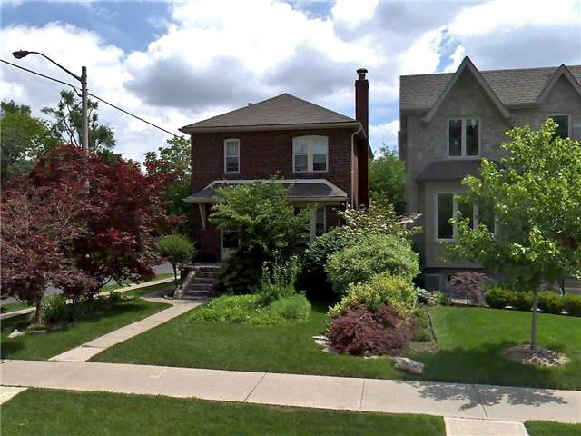 285 Sutherland Drive* - Leaside