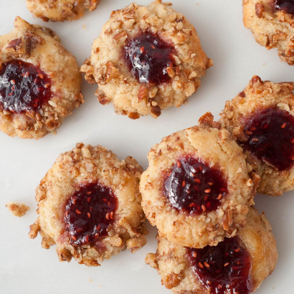 thumb_print_cookies_2.jpg
