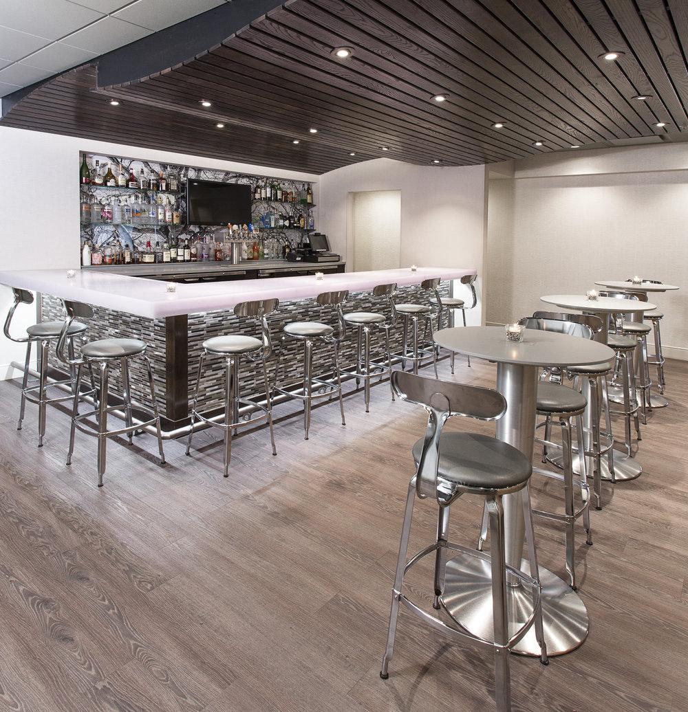 Images Bar & Lounge