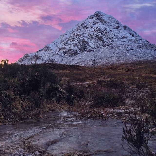 🌄Shepherds delight. We love the West Highlands 🏔 Have you been? 🛣 Less than 100 miles from Glasgow with plenty to see on the way! 🚐 Join us in 2019 and plan your perfect day! 🗺🏴 ________________________________________ #ecotourscotland #tourscotland #scotland #scottish #highlands #scottishhighlands #visitscotland #scotspirit #scotlandisnow #s_s_s #sunset #scotlandsbeauty #landscape #landscapephotography  #mountains #sky #instascotland #insta_scotland #loves_scotland #lovescotland #glenetive #glencoe #wanderlust #adventure #explore #thegreatoutdoors #hiddenscotland #highlandcollective #scotland_greatshots #potd