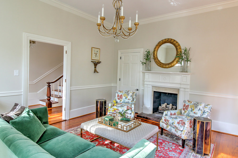 Livingroom F4 MLS.jpg