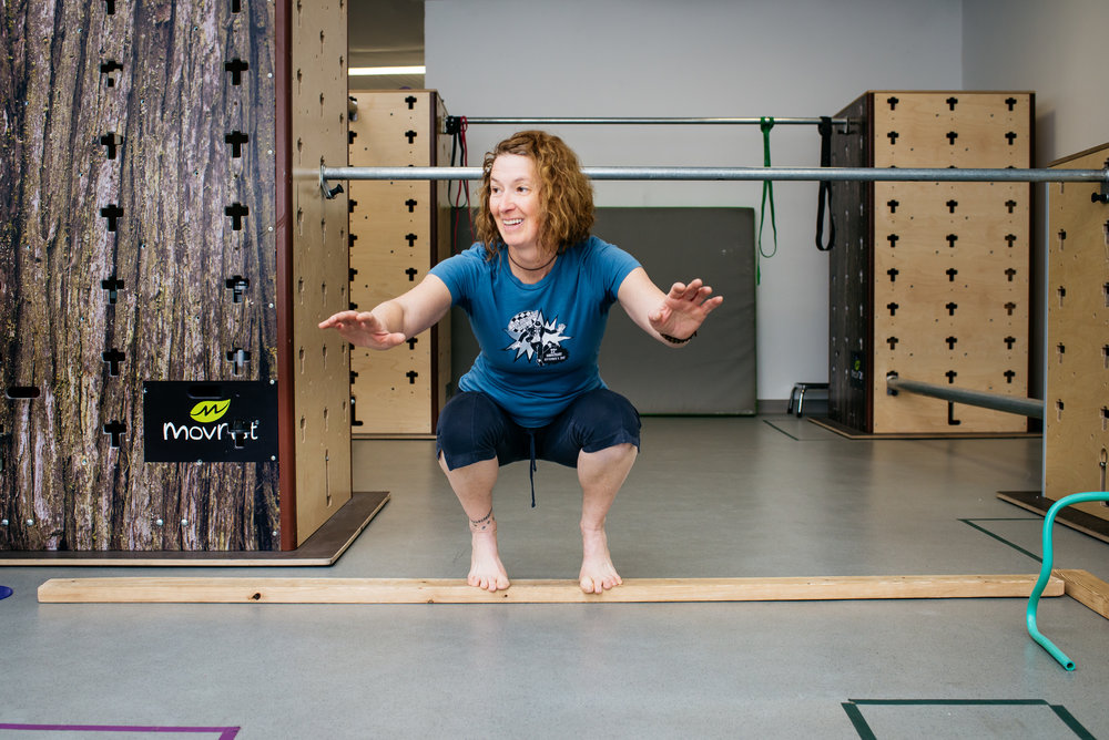 Bonnie deep squat balance MovNat MoveTru Albuquerque