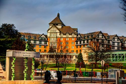 Hotel Roanoke - Dale R. Carlson